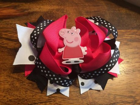 1 x PEPPA PIG 4.5 INCH STACKER RING HAIR BOW WITH RESIN LASER AND ALIGATOR CLIP